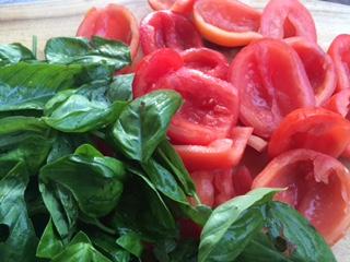 Organic_Tomatoes_Basil