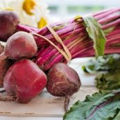 Bunch_of_Organic_Beetroot